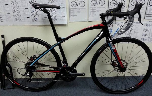 2016 GIANT ANYROAD 2