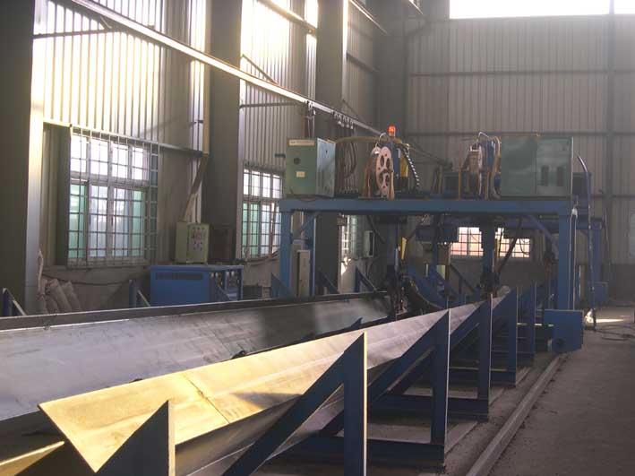 钢结构车间埋弧焊机