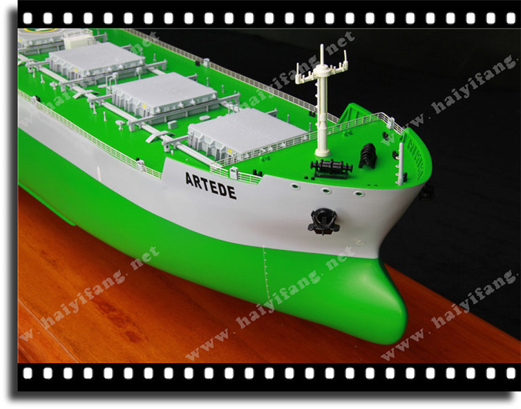 主体木质手工造型    船上舾装合金&abs工程塑料    进口环保油漆