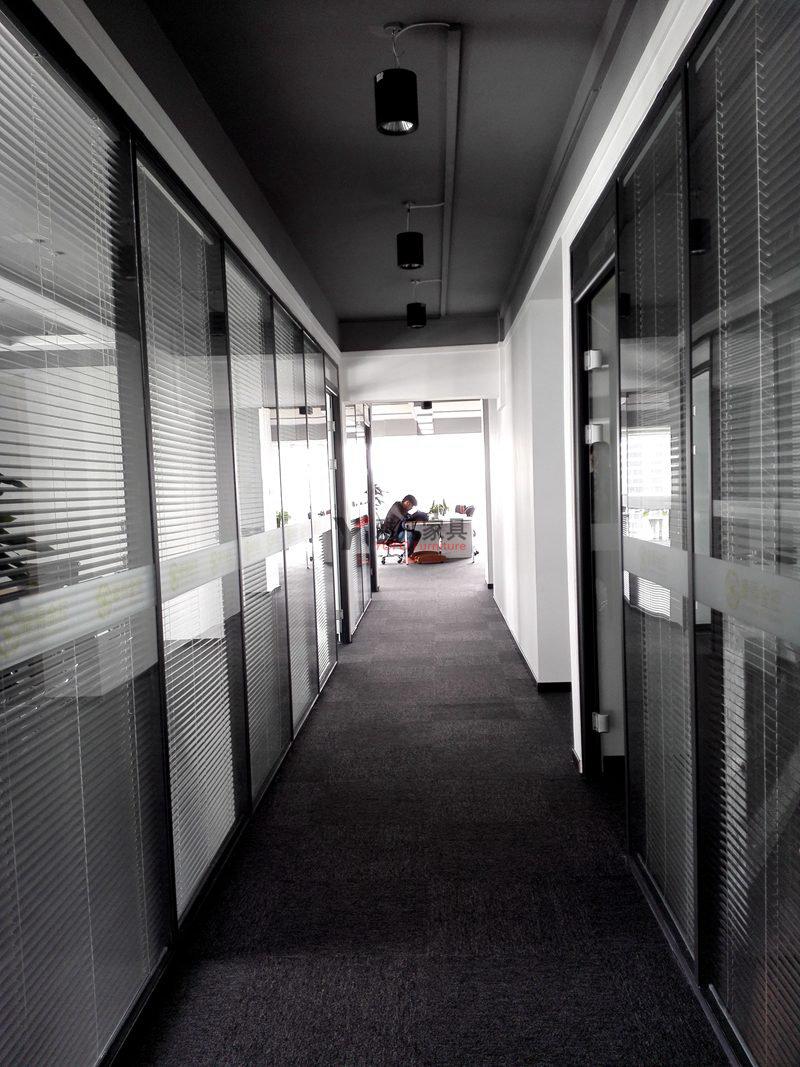 辦公室高隔墻