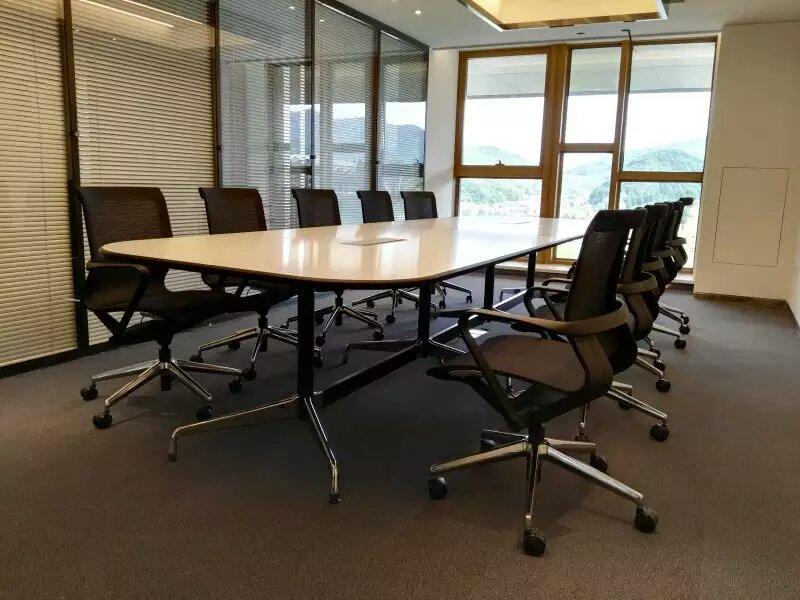 会议桌如何合理与会议椅搭配?