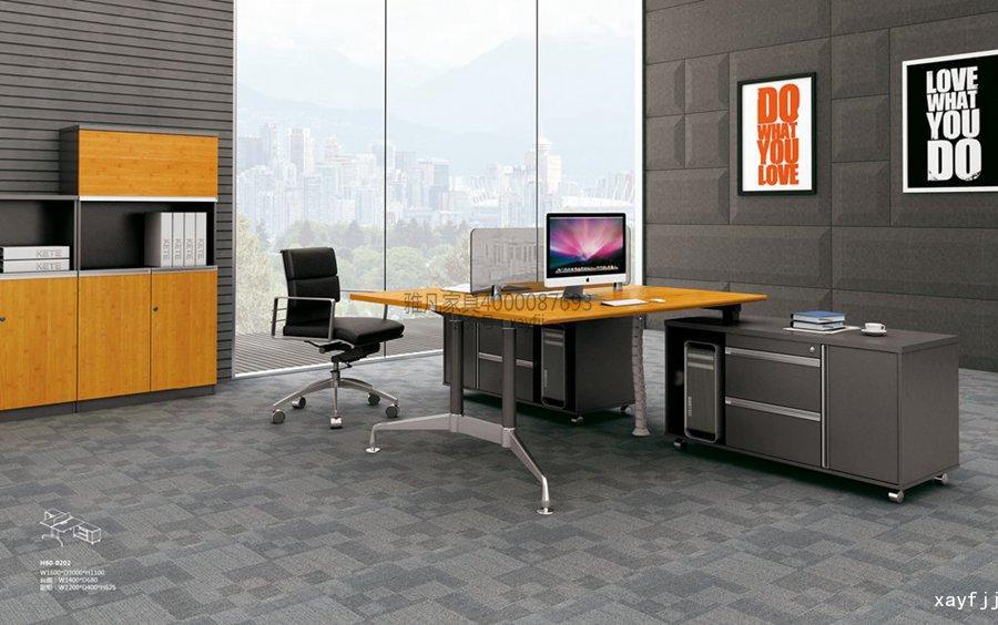 竹木系列員工區辦公桌