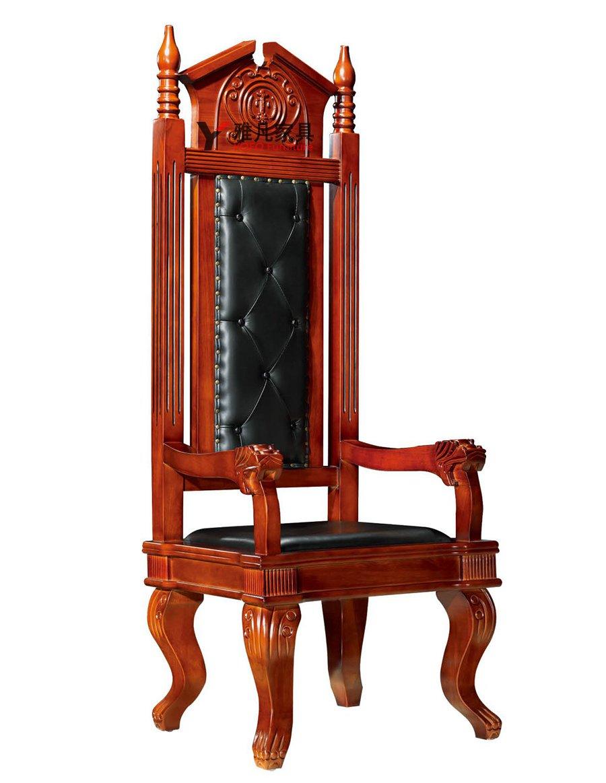 主審法官椅